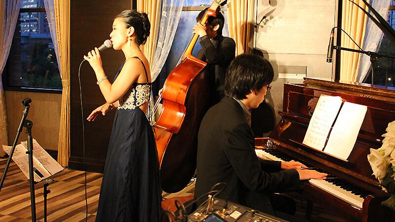 ルポンドシエルでフランス料理に合わせてジャズを楽しむ2