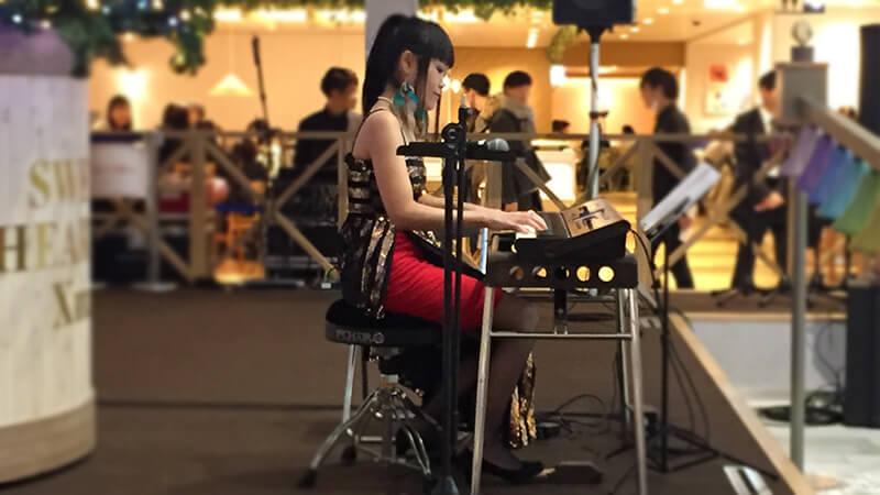 阪急三番街のクリスマスイベントにて各種ミュージシャンを手配10